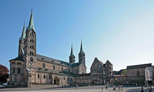 Cathedral, 'Alte Hofhaltung' ( the bishops' old residence) and cathedral square