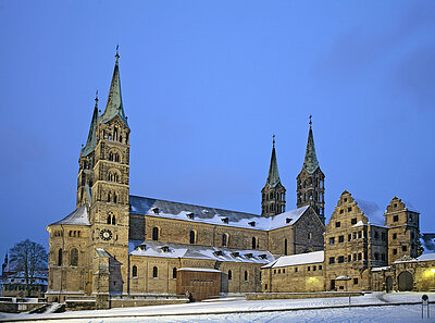 Exterior view of the cathedral with the cathedral square in winter